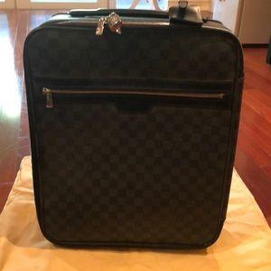 Louis Vuitton pegase 45 rolling suitcase